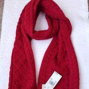 NWT Michael Kors knitted scarf